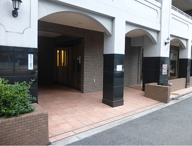 セレッソコート梅田北パークフロント玄関